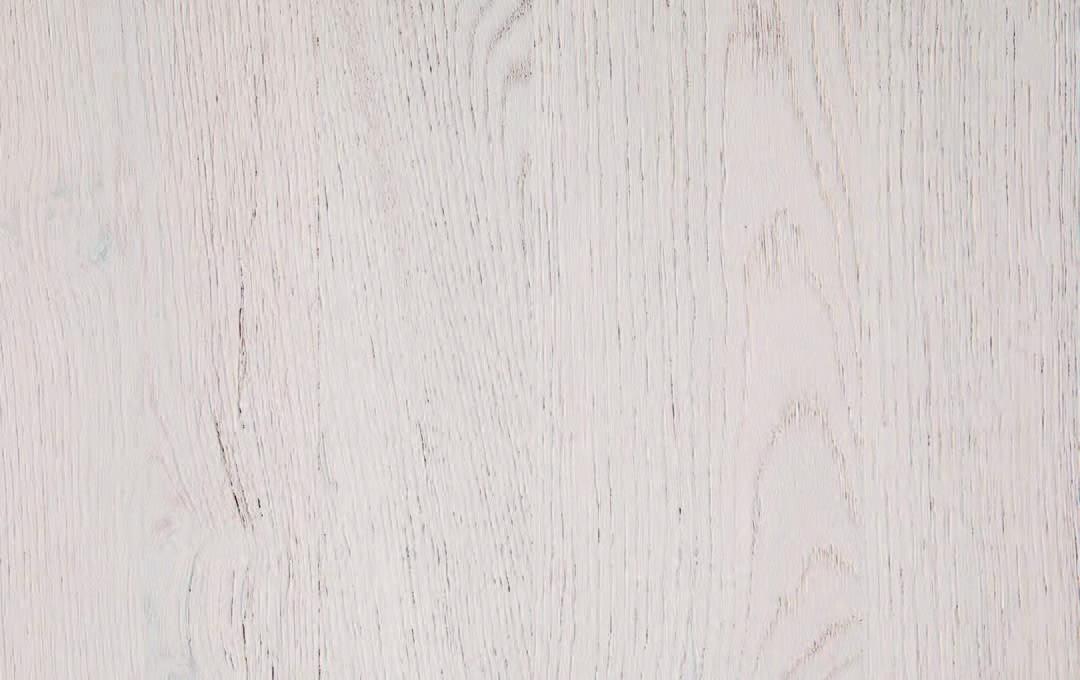 RN0550 Laccatto Bianco Semicoprente